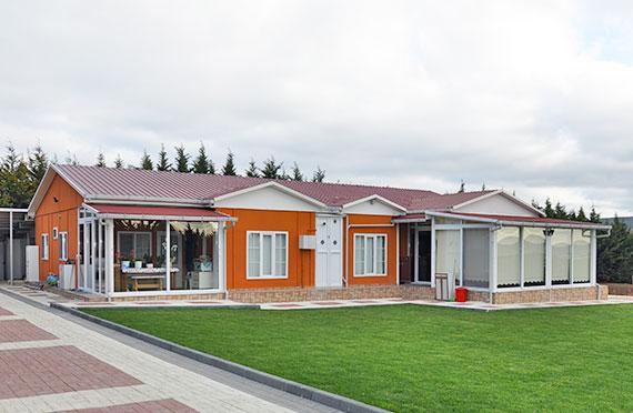 Двоспратне зграде